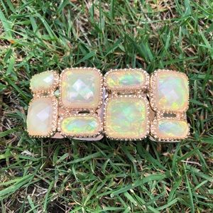 Jewelry - Goldtone Stretchy Bracelet With Opalescent Stones